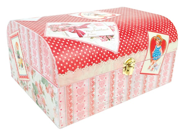DIY Valentine Treasure Trunk at Mod Podge Rocks