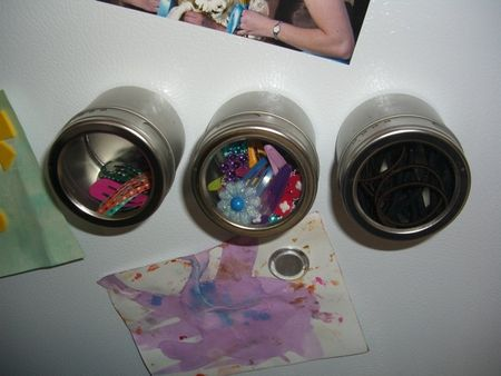 Store hair accessories in magnetic canisters