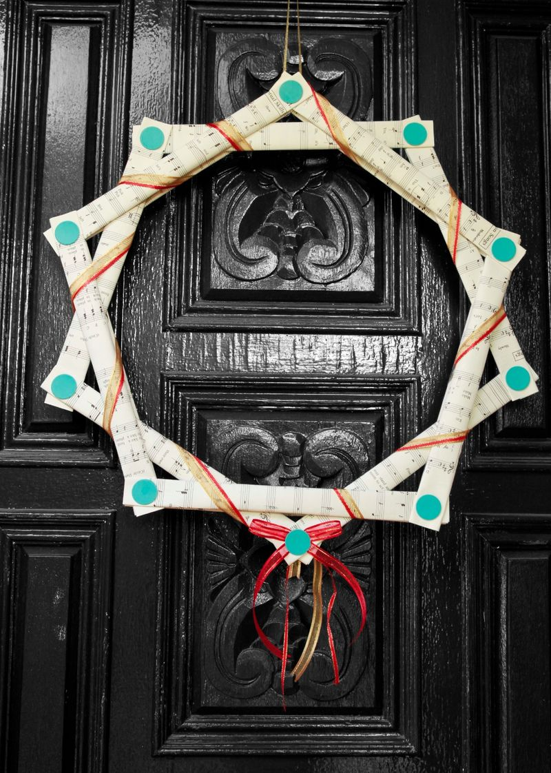 Makedo Christmas Wreath
