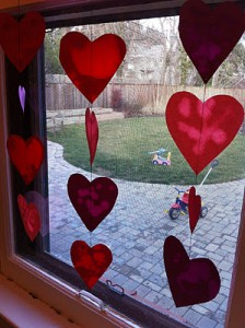 "Valentine craft for toddlers: Oil and paper ""stained glass"" window decoration"