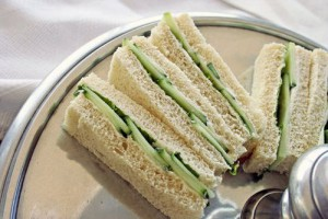 "Cut sandwiches and toast into strips to reduce ""jelly mouth"""