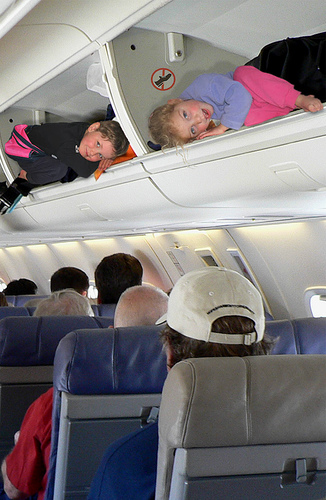 Flying with kids: 5 smart family boarding strategies